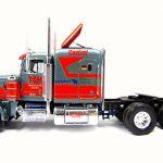 Revell Peterbilt Racing Truck - Bausatz 7533 - Baubericht auf modellbautest.de