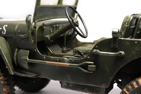 Detailaufnahme des JJRC Willys Overland im Maßstab 1:10