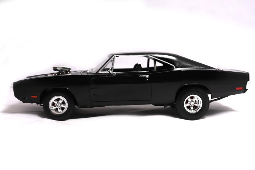 Revell Fast and Furious Dodge Charger 1970 - Bausatz 85-4319 - Baubericht auf modellbautest.de